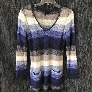 💙Knitted striped sweater